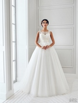 Bridal Dress: Sans Pareil Bridal Collection 2016: 952 - Stand out lace appliques on sweetheart bodice with attractive ball gown skirt